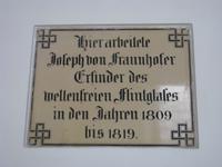 berühmter Bewohner von Benediktbeuren:  Fraunhofer experimentierte hier