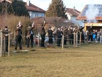 Böllerschützen am Neujahrstag am Hotel Happinger Hof