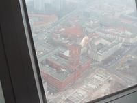 Blich von Fernsehturm auf Rotes Rathaus