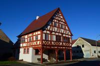 035 Dürrfeld in Franken - Historisches Fachwerkrathaus von