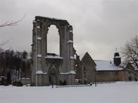 Die mächtige Ruine der Klosterkirche Walkenried