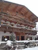 Wanderung zur Griesner Alm im Kaiserbachtal am Wilden Kaiser, Tirol, Österreich