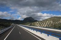Blick auf eine Privatautobahn in Andalusien