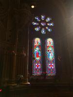 Farbenpracht der Kirchenfenster