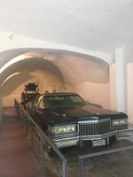 Cadillac in der Garage