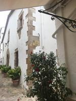 weiß gekalkte Häuser in Tossa