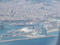 Blick aus dem Flugzeug auf Barcelona