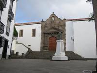 Spaziergang in Santa Cruz de La Palma - Plaza de Espana mit der Kirche Matriz de El Salvador