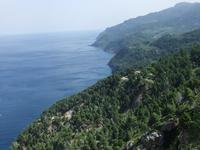 Fahrt entlang der Steilküste