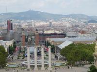 Barcelona - Blick vom  Museum der Katalanischen Kunst zum spanischen Platz