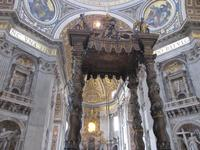 Das prunkvolle Innere des Petersdoms