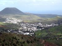 Blick vom Aussichtspunkt Haria in das Tal der 1000 Palmen