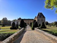 Das Chateau de Cormatin von vorn