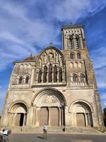 Die Wallfahrtskirche am Jakobsweg in Vezelay