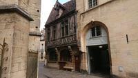 Maison Milliere - Restaurant und eines der ältesten Fachwerkhäuser in Dijons Altstadt