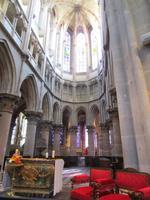 Semur. Kathedrale