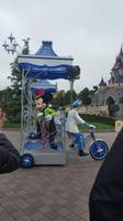 Parade mit Mickey Mouse