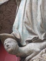 Amiens. Kathedrale. Maria zertritt die Schlange