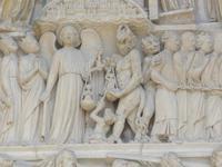 Notre Dame: Seelenwägung