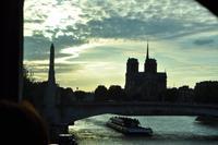 Notre Dame de Paris im Sonnenuntergang