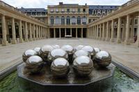 Paris Tag 3 Brunnen im Palais Royal