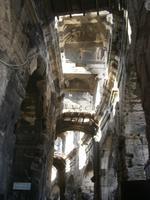 Arles, Arena