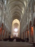 Raumwirking im Inneren der Kathedrale von Laon