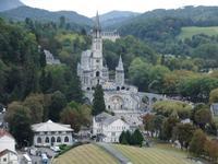 Lourdes, Heiliger Bezirk