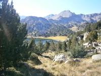 Bei den herrlichen Bergseen im Grau Roig