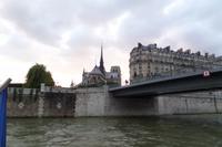 Seine - Bootsfahrt - Notre Dame