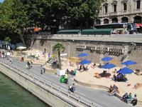 Paris Strand