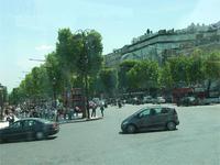Zur Champs Élysées
