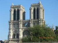 Notre Dame vom Boot aus gesehen
