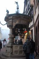 064. Sechs-Eimer-Brunnen Obernai