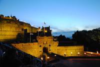 Edinburgh Castle in nächtlicher Stimmung