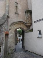 Durchgang vom Kathedralenbezirk in die Innenstadt von Wells