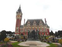 Rathaus und Bürger von Calais