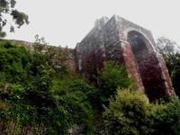 Normannisches Burgtor in Exeter