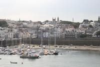 St. Peter Port vom Hafen