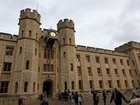 der Tower of London mit den britischen Kronjuwelen (12)
