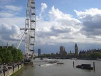 London - Riesenrad & Parlament