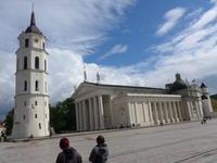 Litauen, Vilnius, Glockenturm und Kathedrale