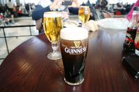 Letztes Bier auf dem Flughafen Dallas