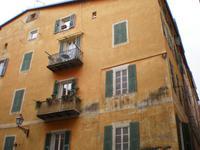 Typische Hausfassade Nizza