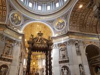Petersdom oder die Basilika Sankt Peter im Vatikan in Rom (17)