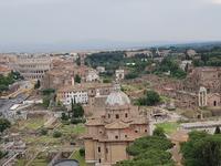 Blick von dem Monumento Nazionale a Vittorio Emanuele II Nationaldenkmal in Rom (4)