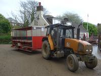 Sark, Traktor nach oben