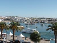 Singlereise Portugal _ Blick zum Hafenkanal von Lagos