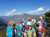 Unser Bergführer Marco mit der Gruppe