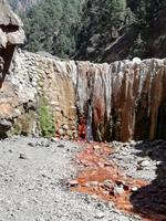 Bunte Wasserfälle